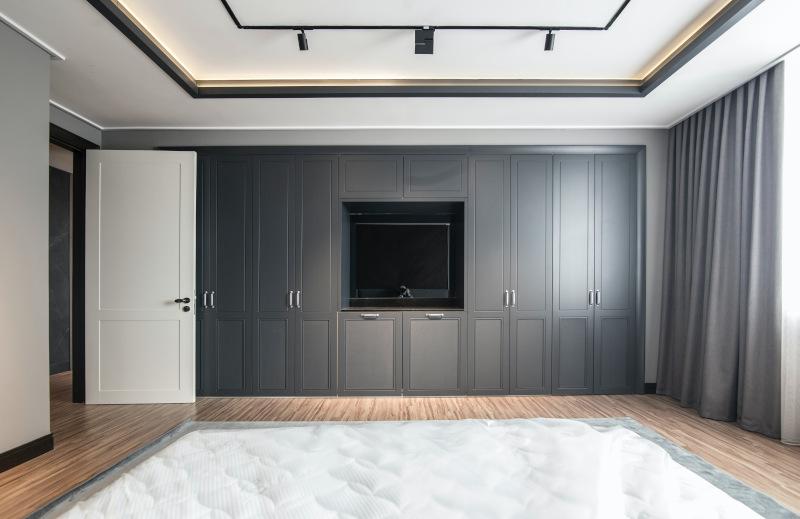 ντουλαπα σε υπνοδωμάτιο